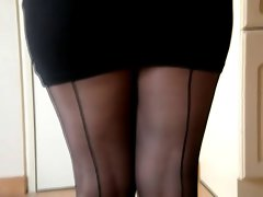 HIGH HEELS AND Ebony NYLONS