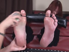 Big foot amazon tickled