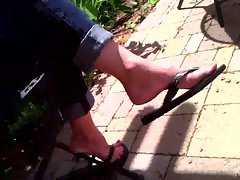 Candid Feet - Cougar Flip-Flop Dangle - part 2