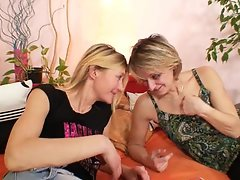 Two alluring housewifes relieve their boredom