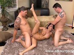 Luscious Mommy Nikki Daniels has a triple