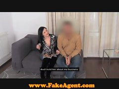 FakeAgent Huge natural hooters in casting