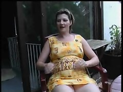 Pregnant amateur has her snatch pumped