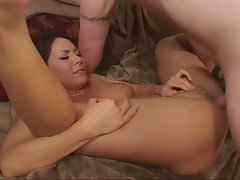 Vicious dark haired gets her slit banged and dildoed