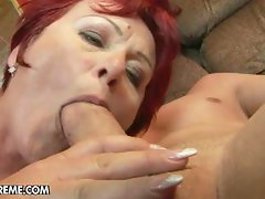 Chunky mommy eszmeralda loves wild sex