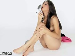 Ruth medina and her sensual feet
