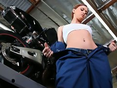Fantasyhd car mechanic screws customer