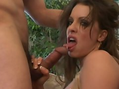 Dark haired mum deepthroats latin dick