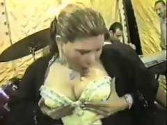 sexual arab hijab dance