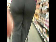 Huge butt Latina Gilf Walking