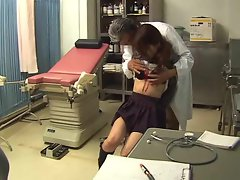 Gyno doctor gets BJ from Asian chick