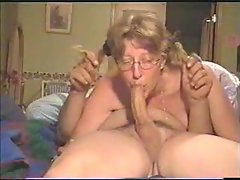 Momma deepthroats all the way down