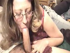 She can never get enough penis to deepthroat