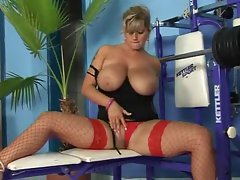 Lusty venus on weight bench banged lustily
