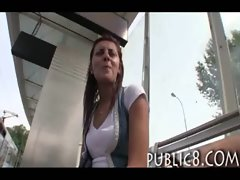 Amateur hussy poses and screws outdoor in public for some money
