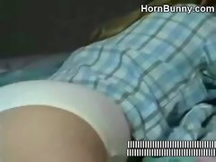 Daughter wants her dad&#039_s cum - HornBunny.com