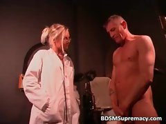 Blondie doctor inserts big toys