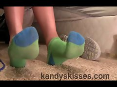 Green Feet in HD