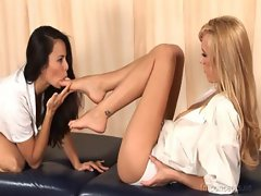 Brett Rossi gets her sexual feet fondled