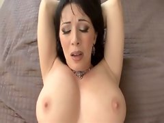 Rayveness - Lewd Mommy gives all holes in Point of view