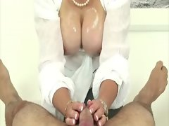 Big titted experienced fetish hussy