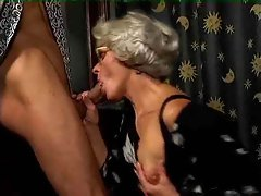Granny bitch loves to be hammered with extremely big cock