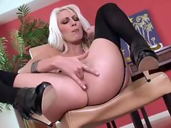 Sexual tempting blonde fingering in her solo video