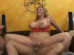 Mommy Sara Jay grinded rough in crazy threesome action