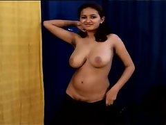 Sensual indian teenager shaking her big titties