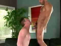 Pornstar hunk Austin Wilde dick sucking and fuck