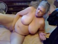 Watch my older vixen masturbating. Amateur