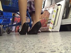upskirt at the store 2.1