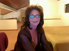 Cougar Deauxma on cam