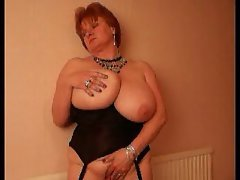 attractive mature with massive knockers