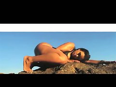 Cubana Lust: Sexual Black-Latina Backside Clap Mini-Movie - Ameman