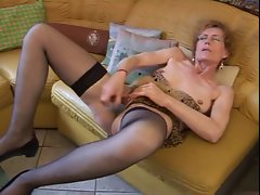 Granny Carla find enjoyment in her vibrating sex toy