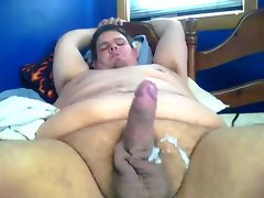 short video of jerking fatty lad