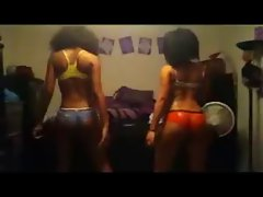 2 lovely ebony lasses wit gorgeous bum dancing shake naughty butt