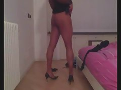 Luscious pantyhose and heels - i'm feeling so nympho part2