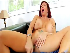 Sexxxy Mum uses her toy
