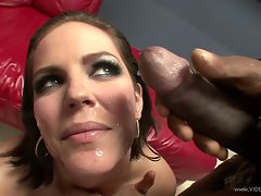 Sensuous Bobbi Starr gets her face plastered with cum