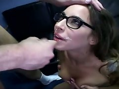 Bespecktacled Lindsay Meadows demonstrates that even nerdy slutty chicks love facials