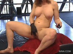 Rampant Nina Hartley fingers her humid pantie pot