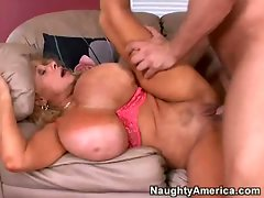 Big boobed girlie Echo Valley cums rough while getting banged in the vagina