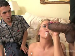 Aiden Aspen taste cum of chap while guy watch