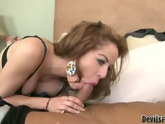 Kora Cummings love to drain the man's main shaft vein