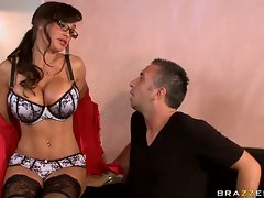 Lisa Ann filthy lass in glasses get raunchy in the offoce