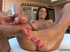 Madelyn Marie get her feet filled with cum