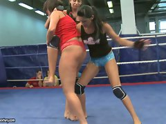 Emma Bum and Larissa Dee lassie attractive fight