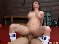 Diamond Foxx big titty slutty girl get her quim slap brutal